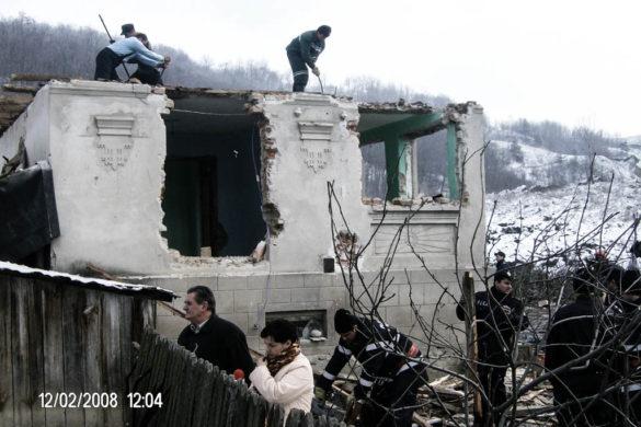 Alunecare de teren Mateesti (2008)